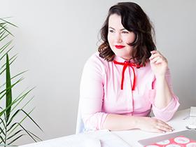 "Freelance Writer & Editor Madeleine Dore Reveals ""Extraordinary Routines"" of the Creative Community"