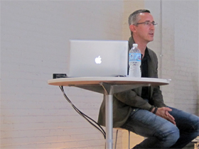 Minimal to the max: Scott Wilson at 31st Chicago CreativeMornings